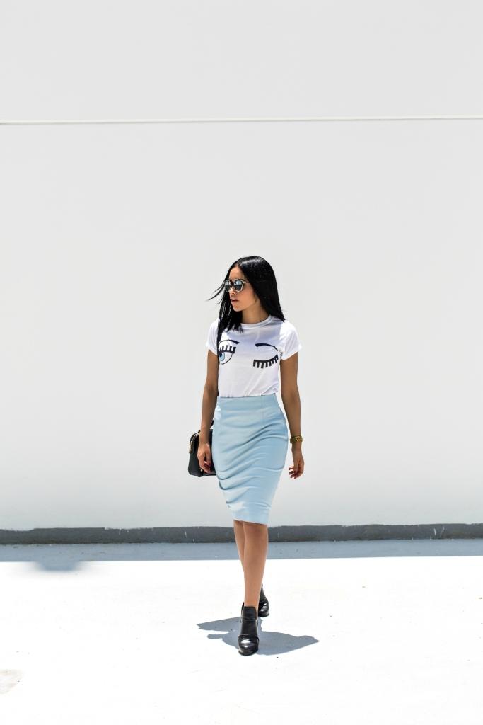 bluewhite2